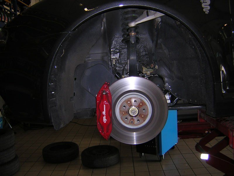 foto Impianto frenate GTA su Alfa GT - 3