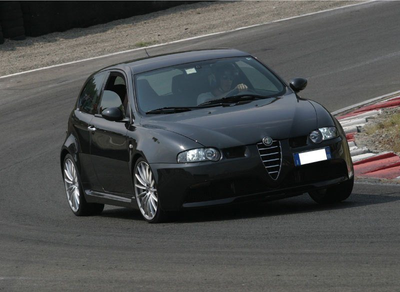 foto Alfa 147 - 3.2 V6 GTA Selespeed - Nero Metallico - VA - 3