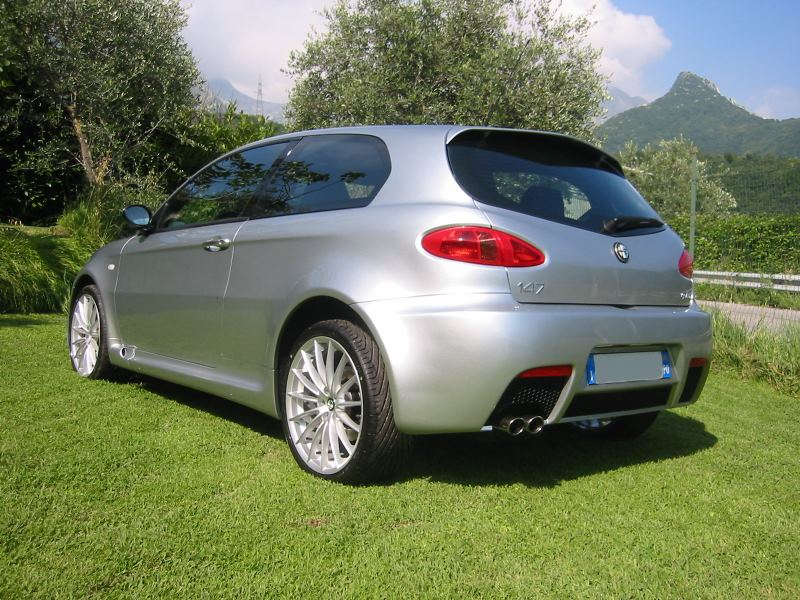 foto Alfa 147 - 3.2 V6 GTA - Grigio Sterling - 2004 - MS - 16