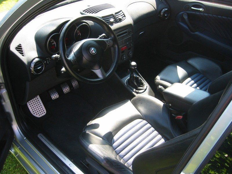 foto Alfa 147 - 3.2 V6 GTA - Grigio Sterling - 2004 - MS - 12