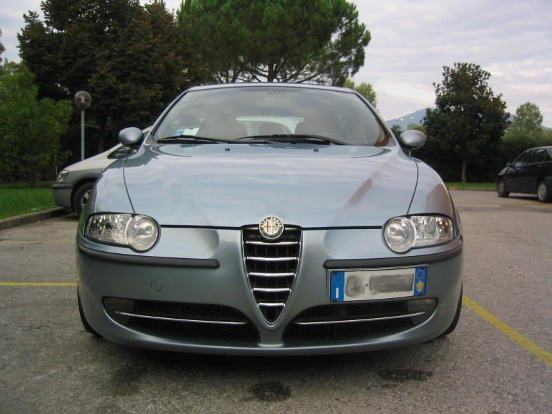 foto Alfa 147 - 1.9 Mjet - Distinctive - Azzurro Gabbiano met. - 2004 - Pisa - 5