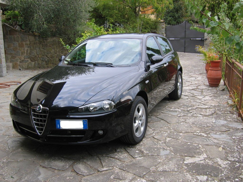 alfa 147 1 9 jtdm progression nero metallizzato fi club alfa forum alfa romeo. Black Bedroom Furniture Sets. Home Design Ideas