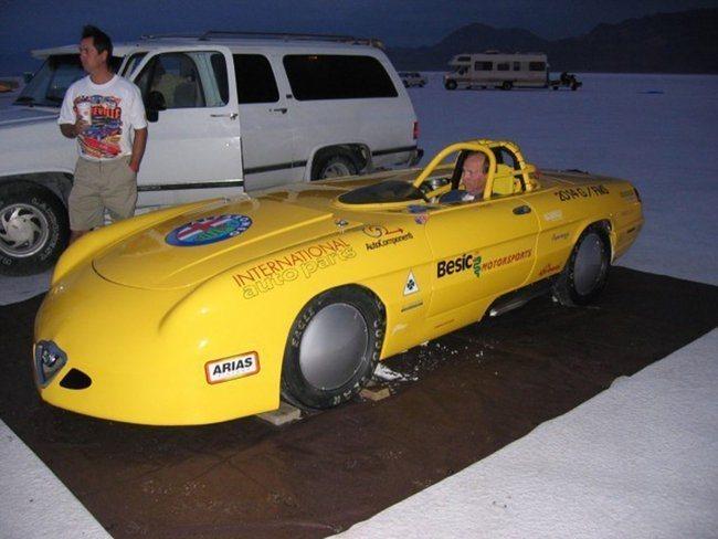 foto Alfa Spider tenterà il record delle 230 miglia - 2