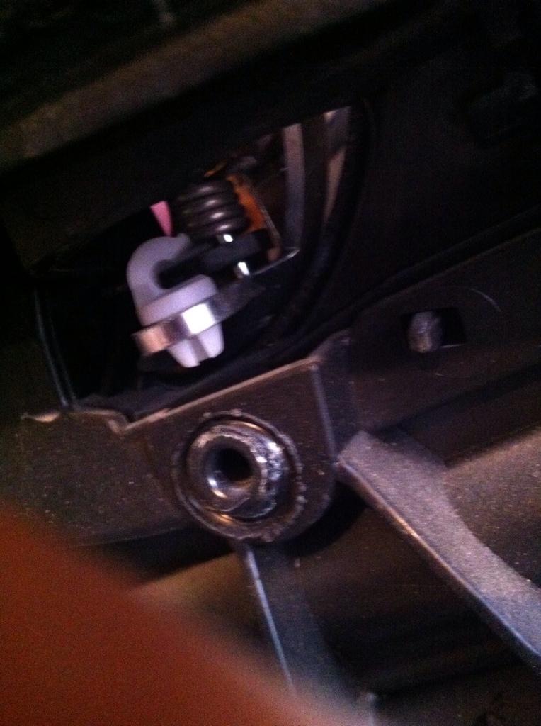 foto Giulietta - Problema rottura maniglia interna apri porta! - {attachcounter}
