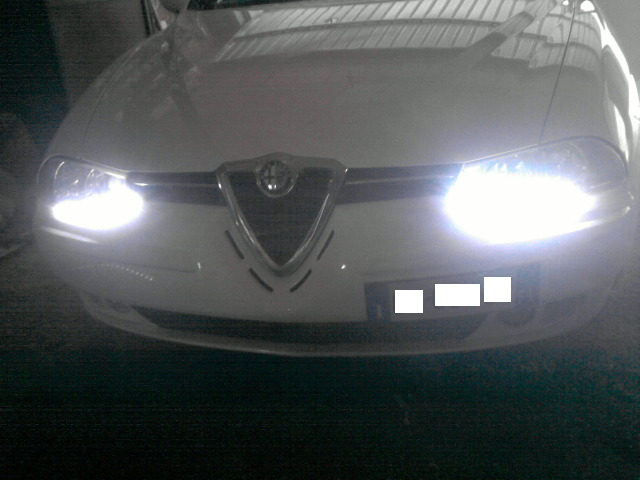 foto Alfa Romeo 156 - 1.9 JTD 116cv - Distinctive - bianca - my 2002 - VT - {attachcounter}