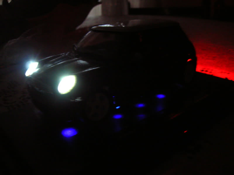 foto Mini Cooper 1:24 artigianale - {attachcounter}