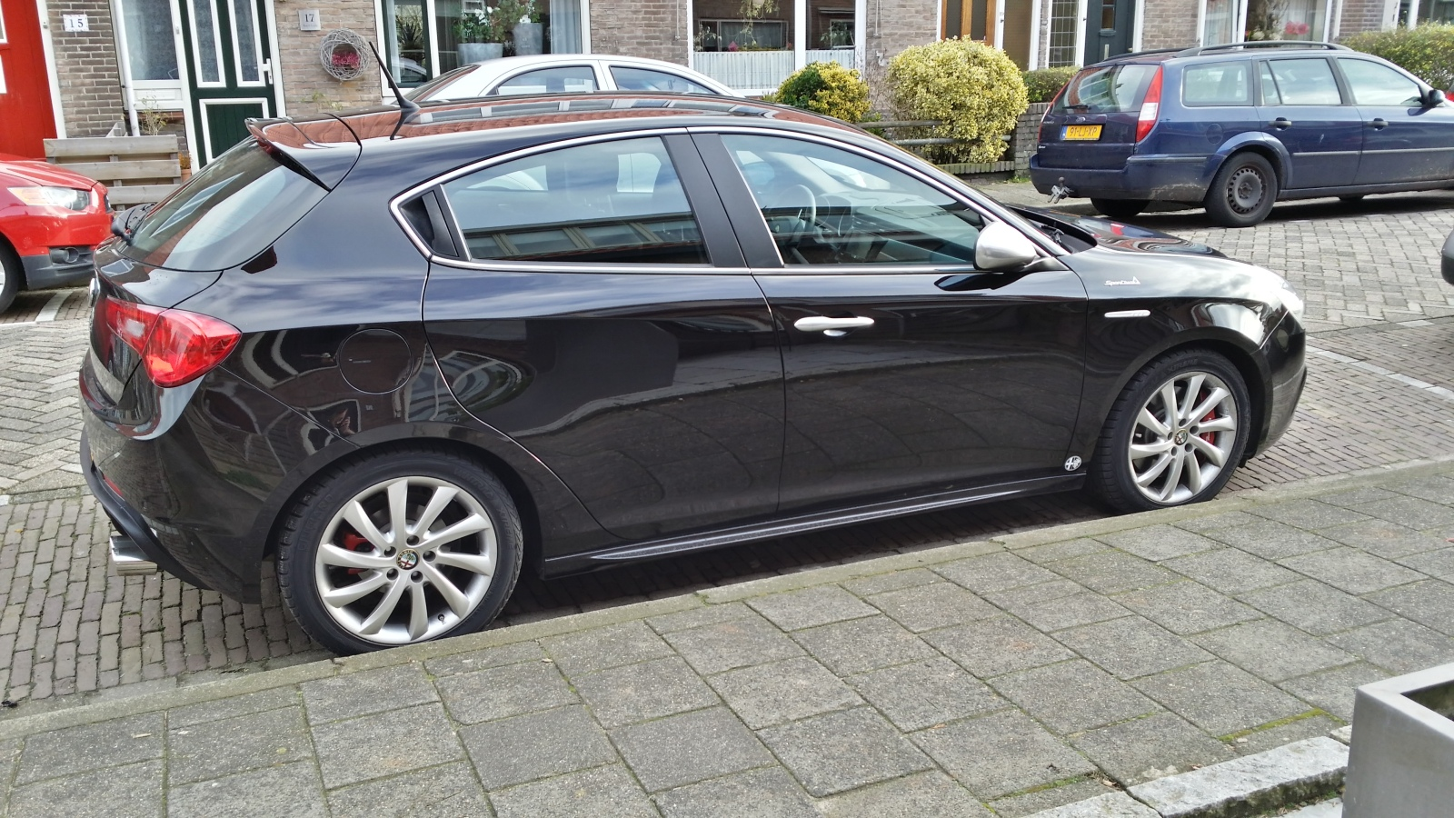 alfa romeo giulietta 1 4ma 170cv distinctive nero etna 2011 special club alfa forum. Black Bedroom Furniture Sets. Home Design Ideas