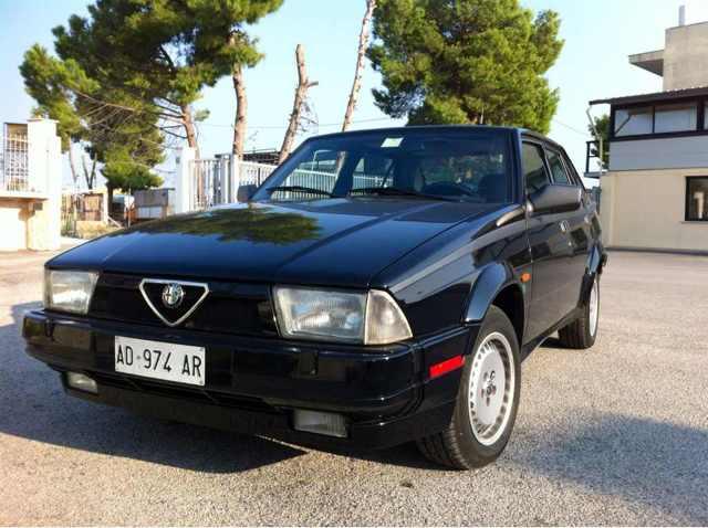 foto Alfa 75 -Turbo America - Nero - 1988 - BR - {attachcounter}