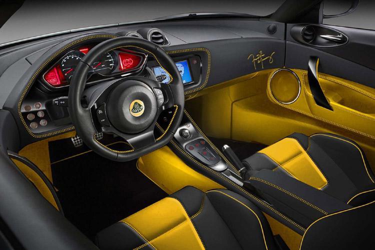 foto Prima foto degli interni -  Alfa Romeo 4C - {attachcounter}