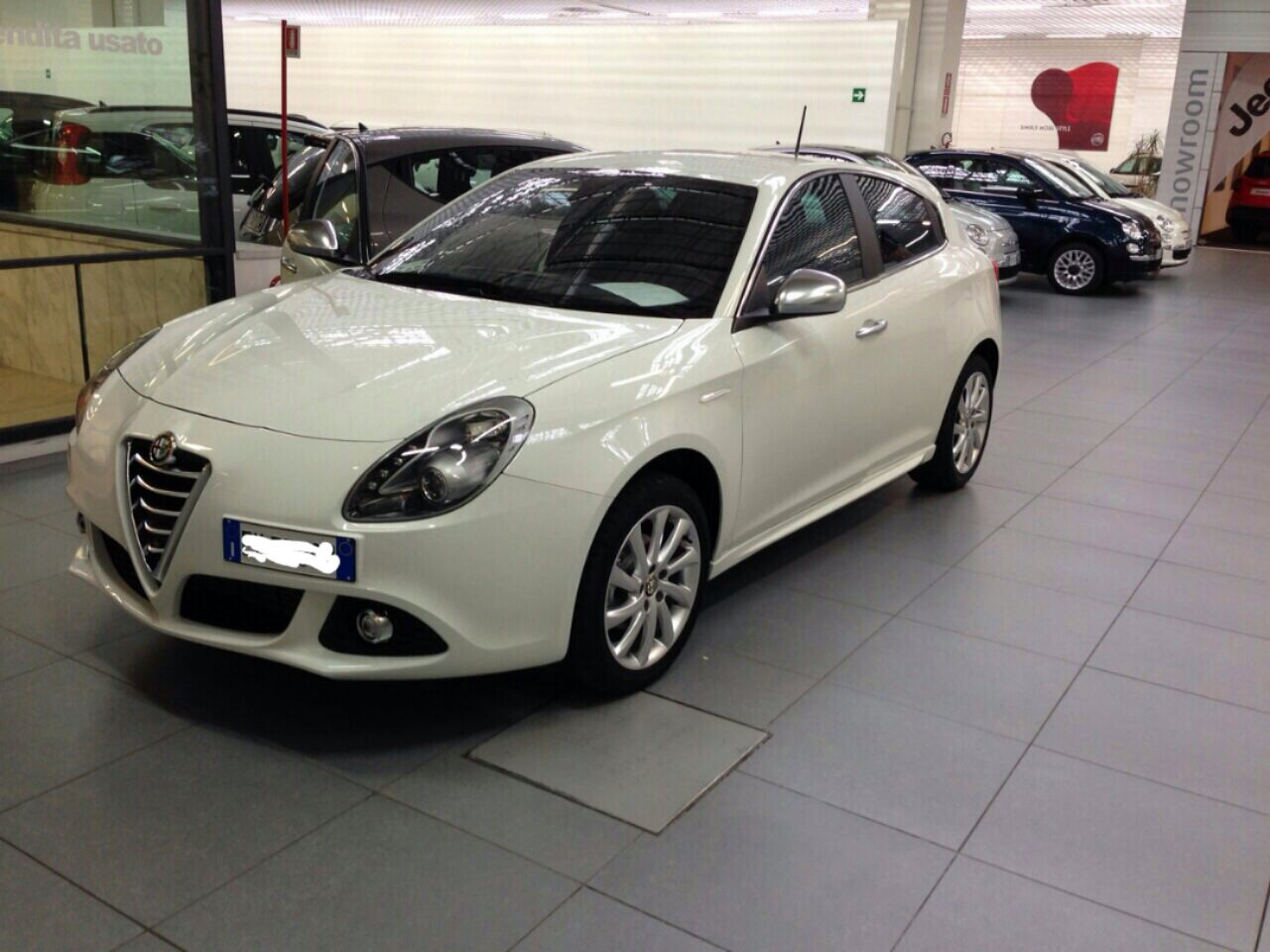 alfa romeo giulietta 1 4 tb 120cv distinctive bianco ghiaccio 2014 rm club alfa. Black Bedroom Furniture Sets. Home Design Ideas