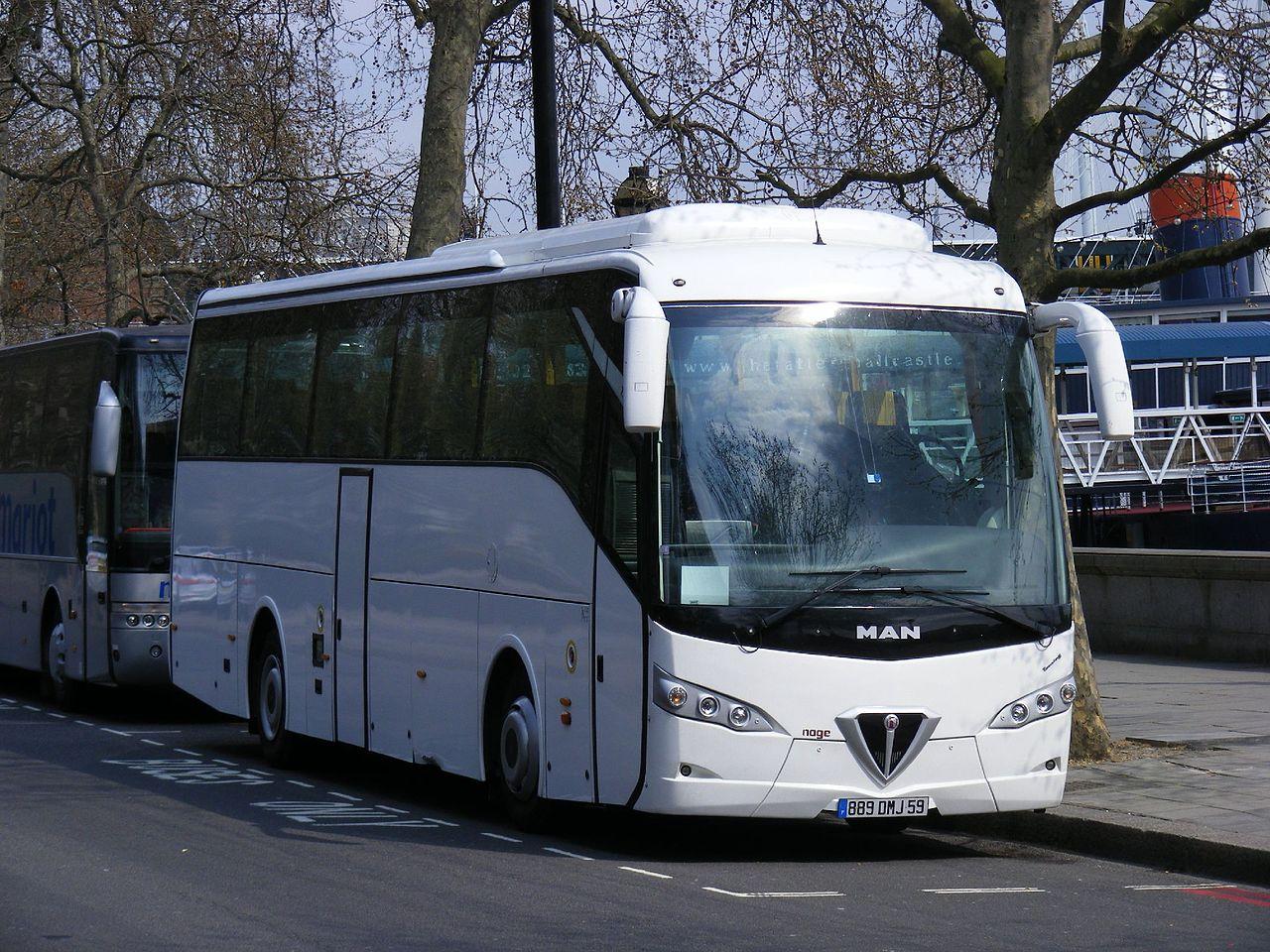 foto Autobus Alfa Romeo A140 carrozzato
